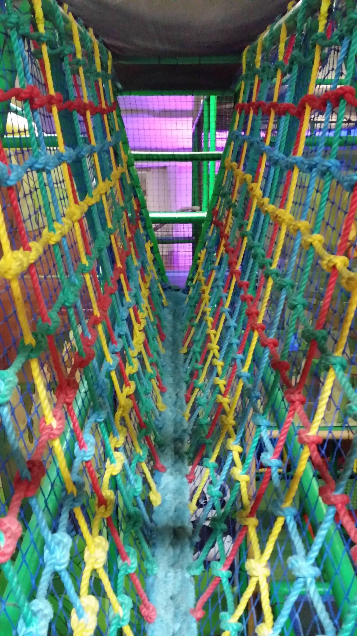 indoorspielplatz panda land in berlin steglitz zehlendorf. Black Bedroom Furniture Sets. Home Design Ideas