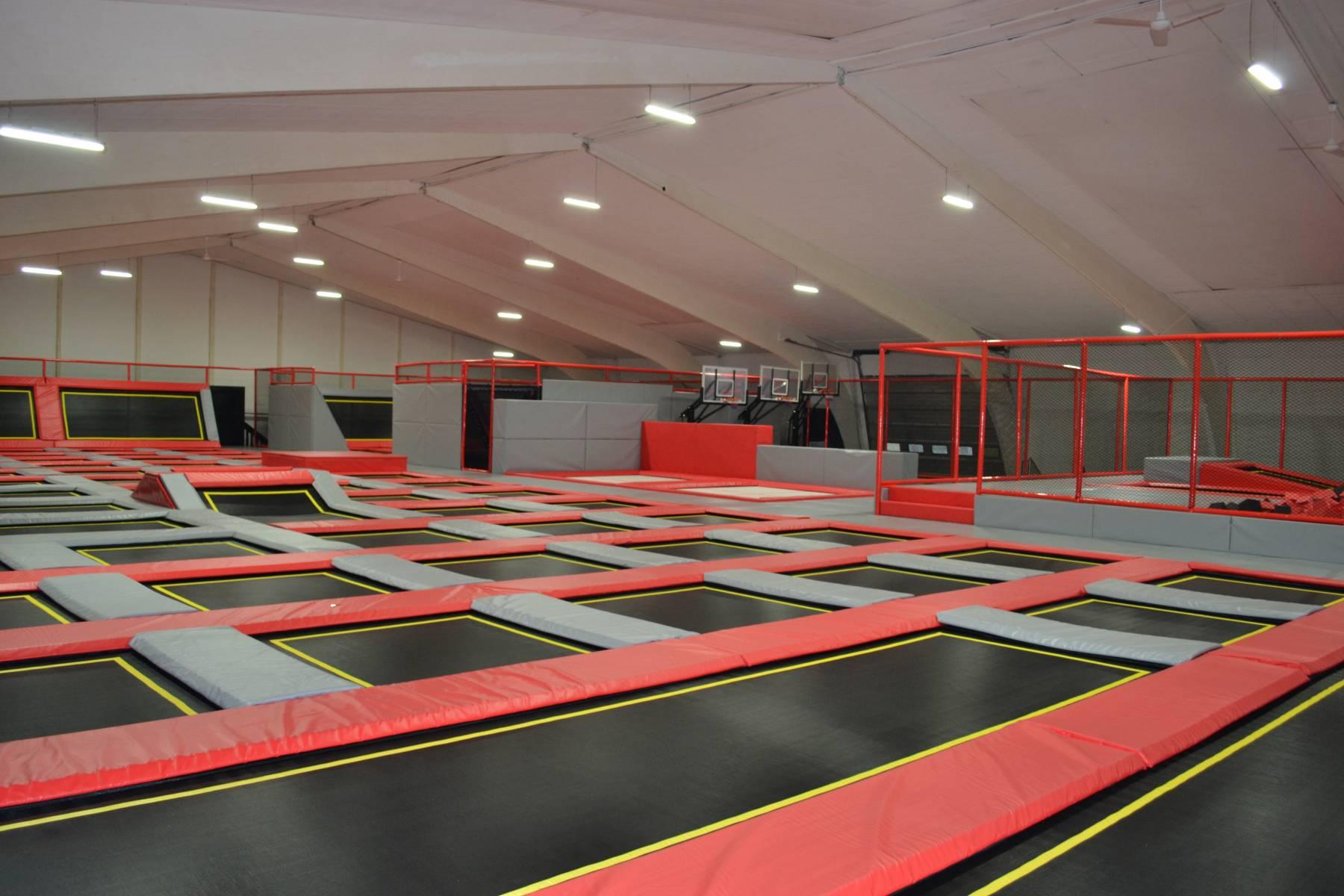 foto vom jumping point indoor trampolinpark halle quickborn bei hamburg quickborn vom 2018. Black Bedroom Furniture Sets. Home Design Ideas